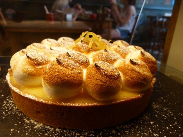 Lemon Meringue large cake